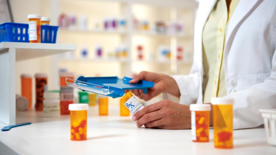 Aprovado projeto que disciplina a assistência farmacêutica