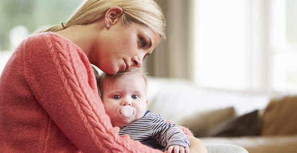Por que a depressão pós-parto, que atinge 15% das mães, ainda é tabu