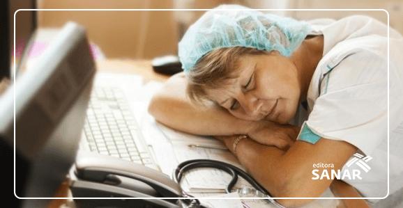 Por que trabalhar no turno da noite causa problemas à saúde